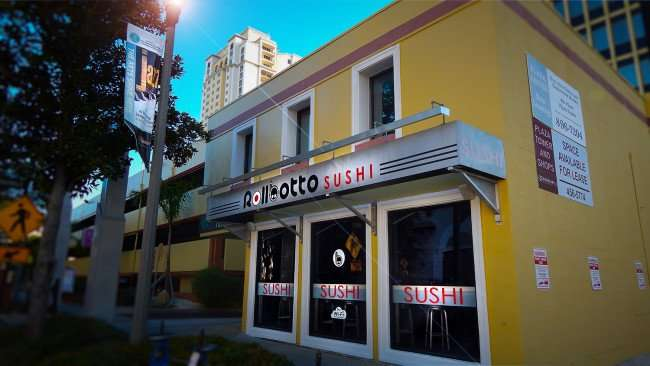Mar 6, 2016 - Rollbotto Sushi St Pete with lighting effect/photonews247.com