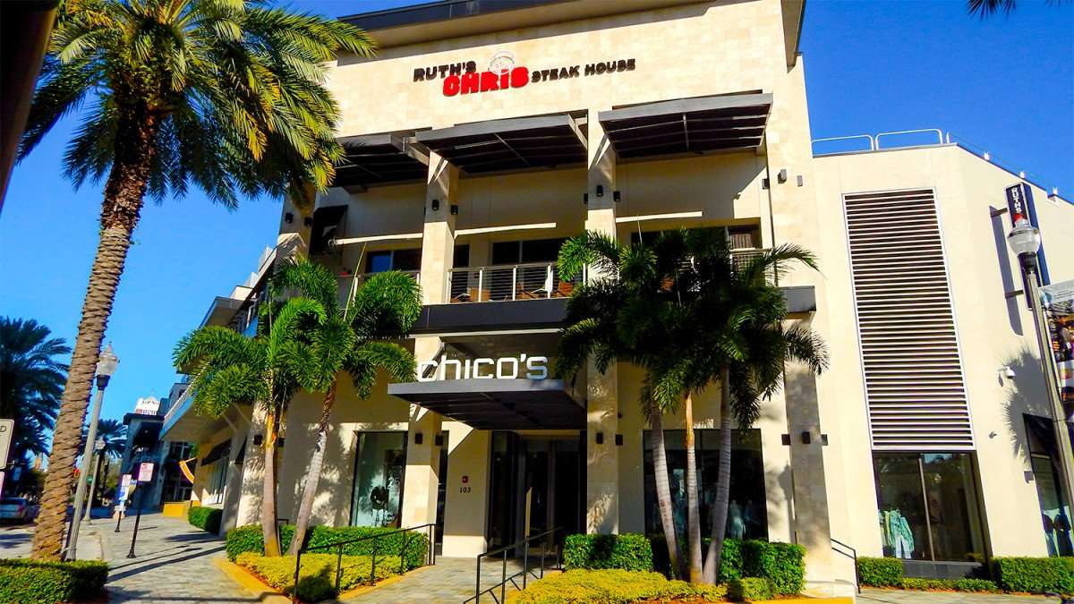 Mar 6, 2016 - Ruth's Chris Steak House and Chico's at corner 1st St. and 2nd Ave. at Sundial Shopping Center in downtown St Petersburg, FL/photonews247.com