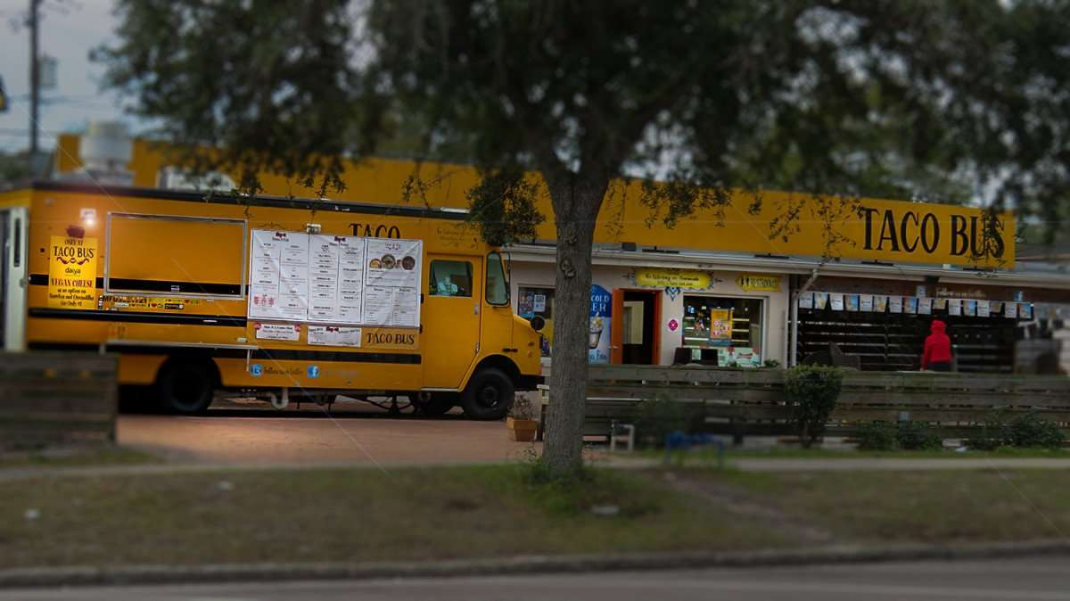 Jan 31, 2016 - Taco Bus St Pete/photonews247.com