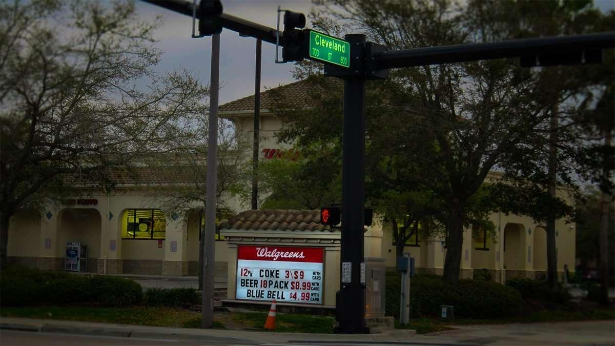 Mar 13, 2016 - Walgreens, Cleveland Street. Clearwater, FL open 7am - 10pm/photonews247.com