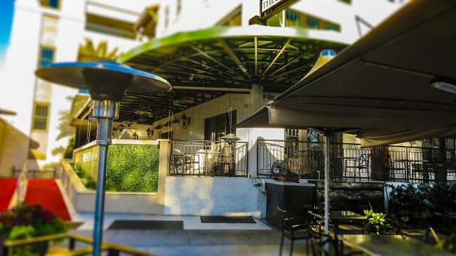 Feb 21, 2016 - Birch & Vine restaurant in patio area at The Birchwood Hotel, St Petersburg, FL/photonews247.com