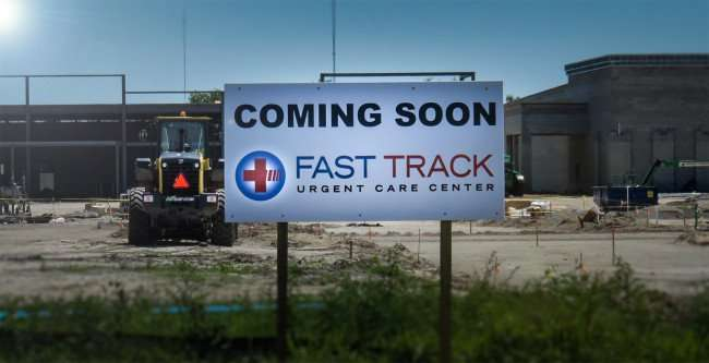 April 10, 2016 - Fast Track Urgent Care Center, construction Hwy 301 and Symmes Road, Riverview Southshore, FL/photonews247.com