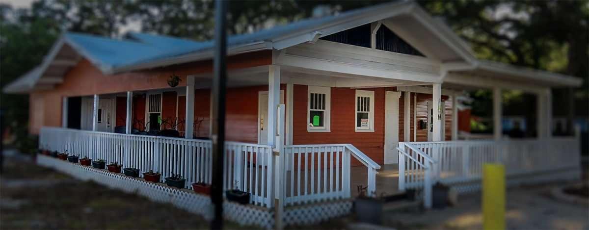 April 24, 2016 - Ox & Field Restaurant, Seminole Heights Bungalow Tampa, FL/photonews247.com