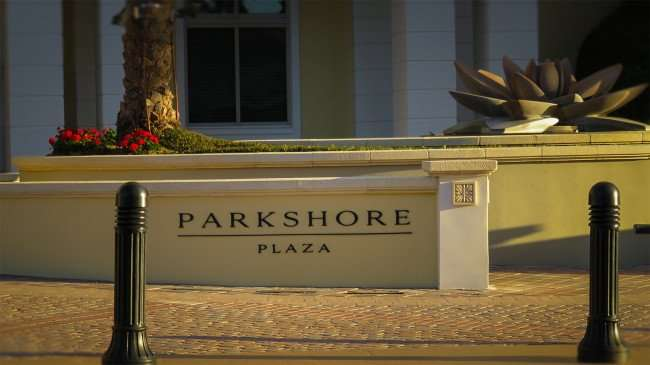 Feb 21, 2016 - Parkshore Plaza driveway in St Petersburg, FL/photonews247.com