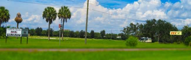 Sept 04, 2016 - Cox Lumber property with parked RV US-41 Tamiami Trail, Ruskin, FL/photonews247.com