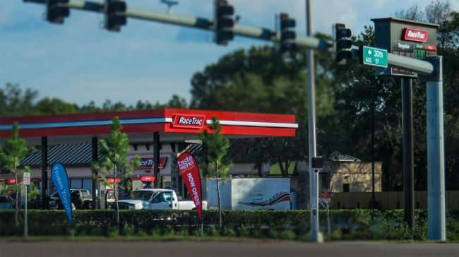 12.12.2016 - RaceTrac College Ave and 30th Street in Ruskin, FL/photonews247.com