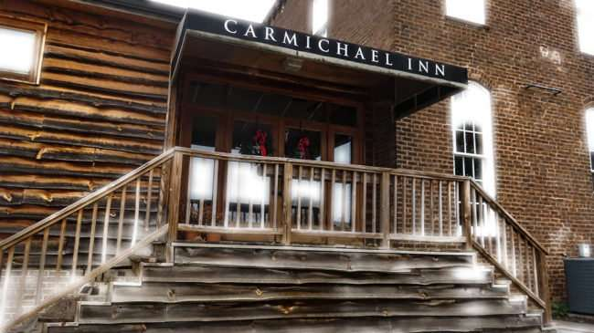 11.25.2016 - CARMICHAEL INN (Circa 1821) a historic hotel, restaurant in Historic Loudon, TN/photonews247.com