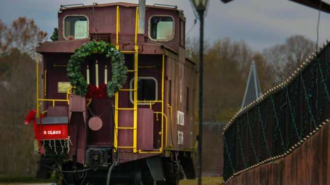 11.25.2016 - Santa Claus caboose at Train Station in Historic District, Loudon, Tennessee/photonews247.com