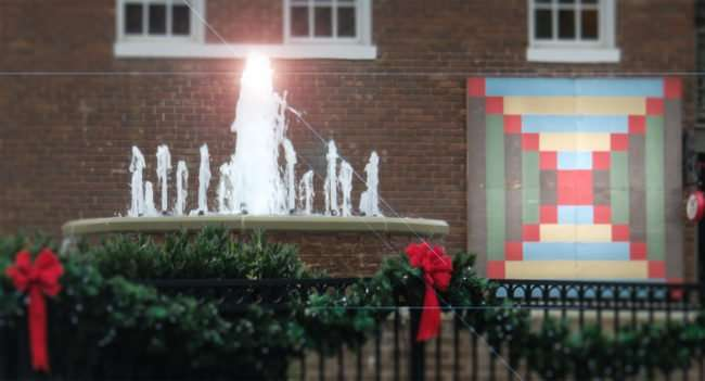 11.25.2016 - Water Fountain during Christmas in old town Loudon, Tennessee/photonews247.com