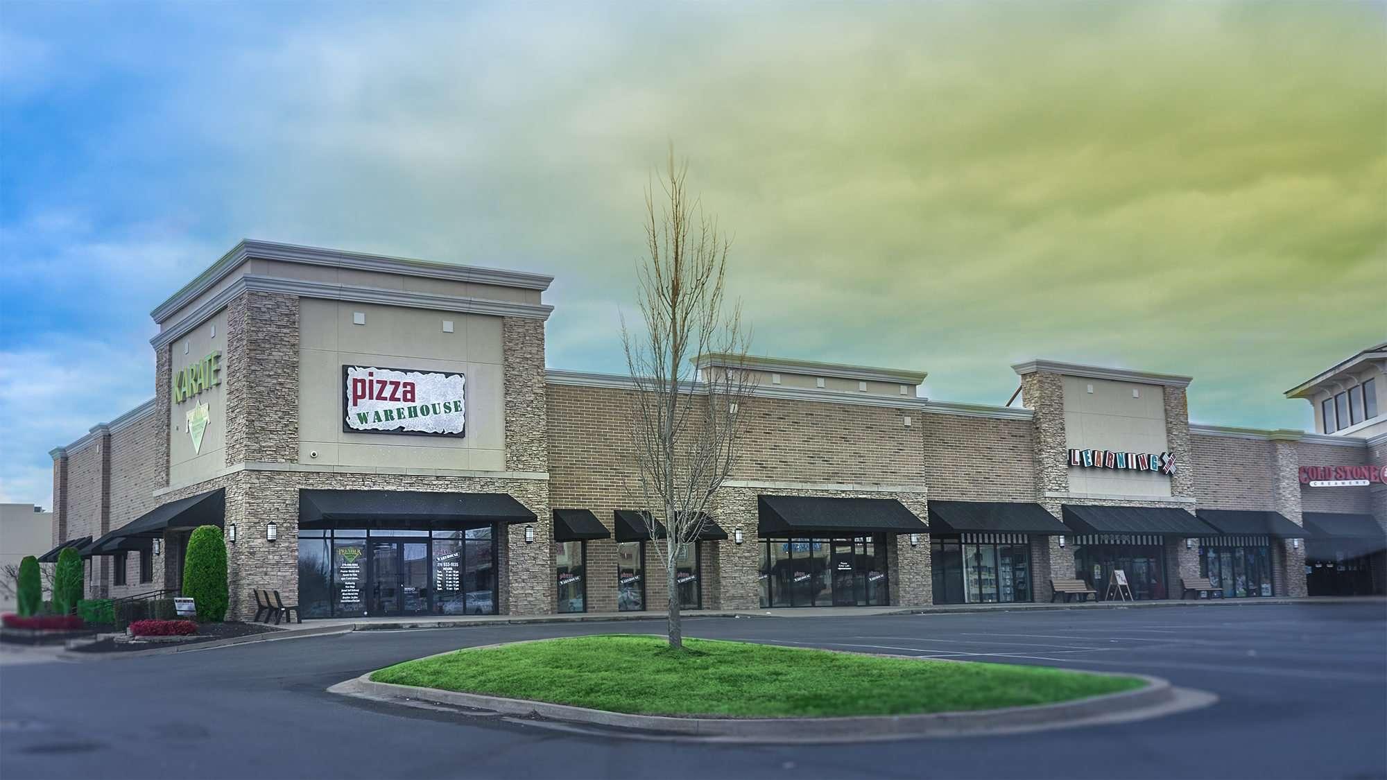 Feb 27, 2017 - Pizza Warehouse, Kentucky Oaks Apartments, Paducah/photonews247.com