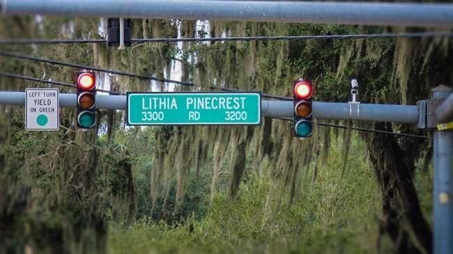 Jan 10, 2016 - Street sign next to traffic light on horizontal pole that reads 3300 to 3200 Block of Litha Pinecrest/photonews247com