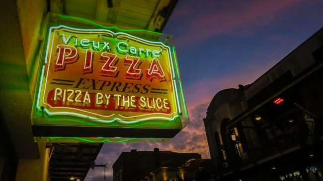 Jan 9, 2017 - Vieux Carre Pizza Express by the slice, Bourbon St, French Quarter, New Orleans, LA/photonews247.com