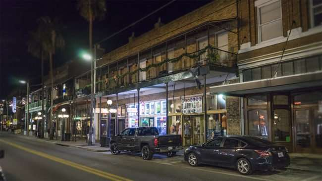 Feb 5, 2017 - Clothing Exhchange at night, 7th Avenue, Ybor City Tampa FL/photonews247.com