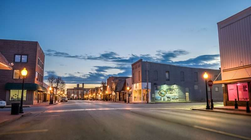 Feb 27, 2017 - Historic Market St, at magic golden hour in Metropolis IL/photonews247.com