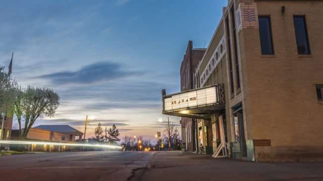Mar 8, 2017 - Historic The Massac Theatre with light trails in Metropolis, IL/photonews247.com