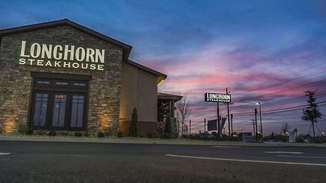 Nov 10, 2017 - LongHorn Steakhouse, Hinkleville Rd, Paducah, KY/photonews247.com