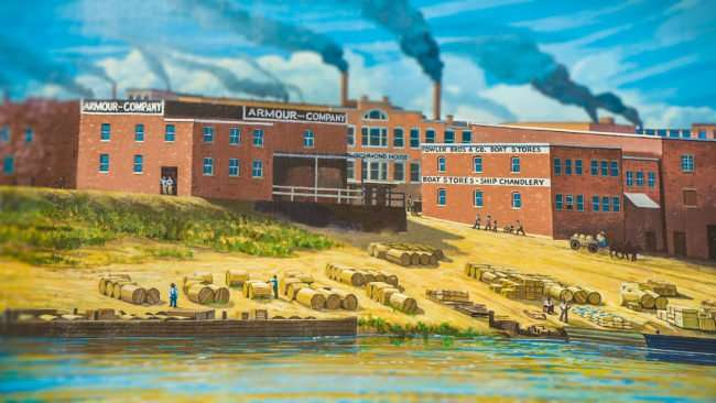 May 25, 2017 - Paducah Floodwall Mural depicting Armour Company, Richmond House on the Ohio River in downtown, Paducah, KY/photonews247.com