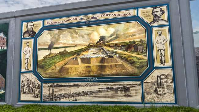 April 14, 2017 - Paducah floodwall mural Battle of Paducah at Fort Anderson/photonews247.com