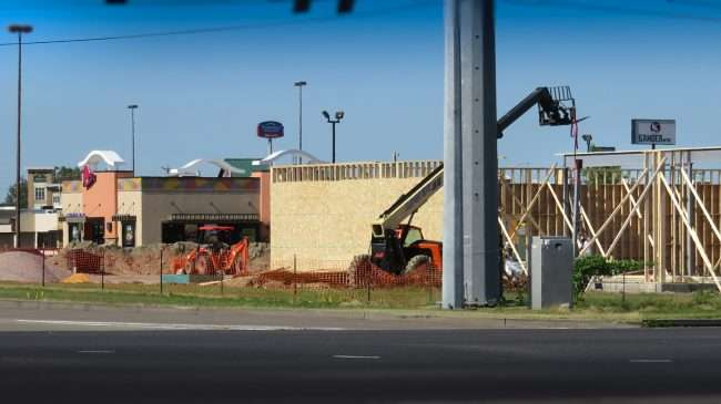 Sept 2, 2017 - Starbucks, Five Guys and more under construction at Hinkleville and James Sanders, Paducah, KY/photonews247.com