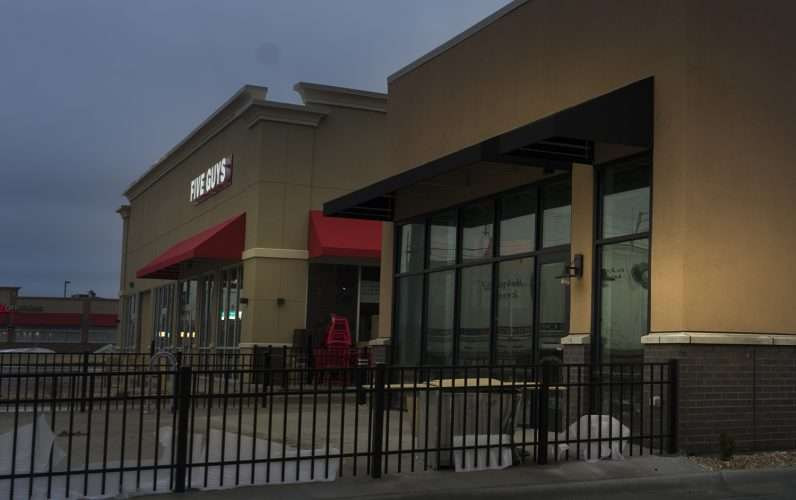 Jan 21, 2018 - Starbucks and Five Guys construction Sanders and Hinkleville Paducah/photonews247.com