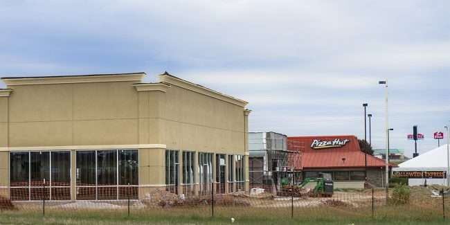 Oct 27, 2017 - Construction: Jimmy Johns, Qdobe, Five Guys, Starbucks Paducah, KY/photonews247.com