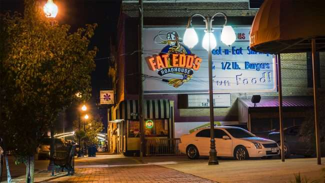 Oct 22, 2017 - Fat Edd's Roadhouse, Ferry Street downtown Metropolis, IL/photonews247.com