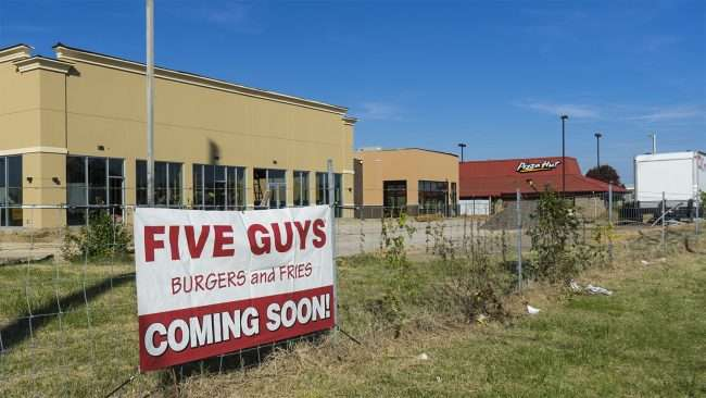 Nov 11, 2017 - Five Guys Paducah KY construction/photonews247.com