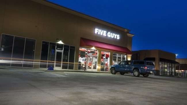 Feb 10, 2018 - Five Guys Paducah KY opens/photonews247.com