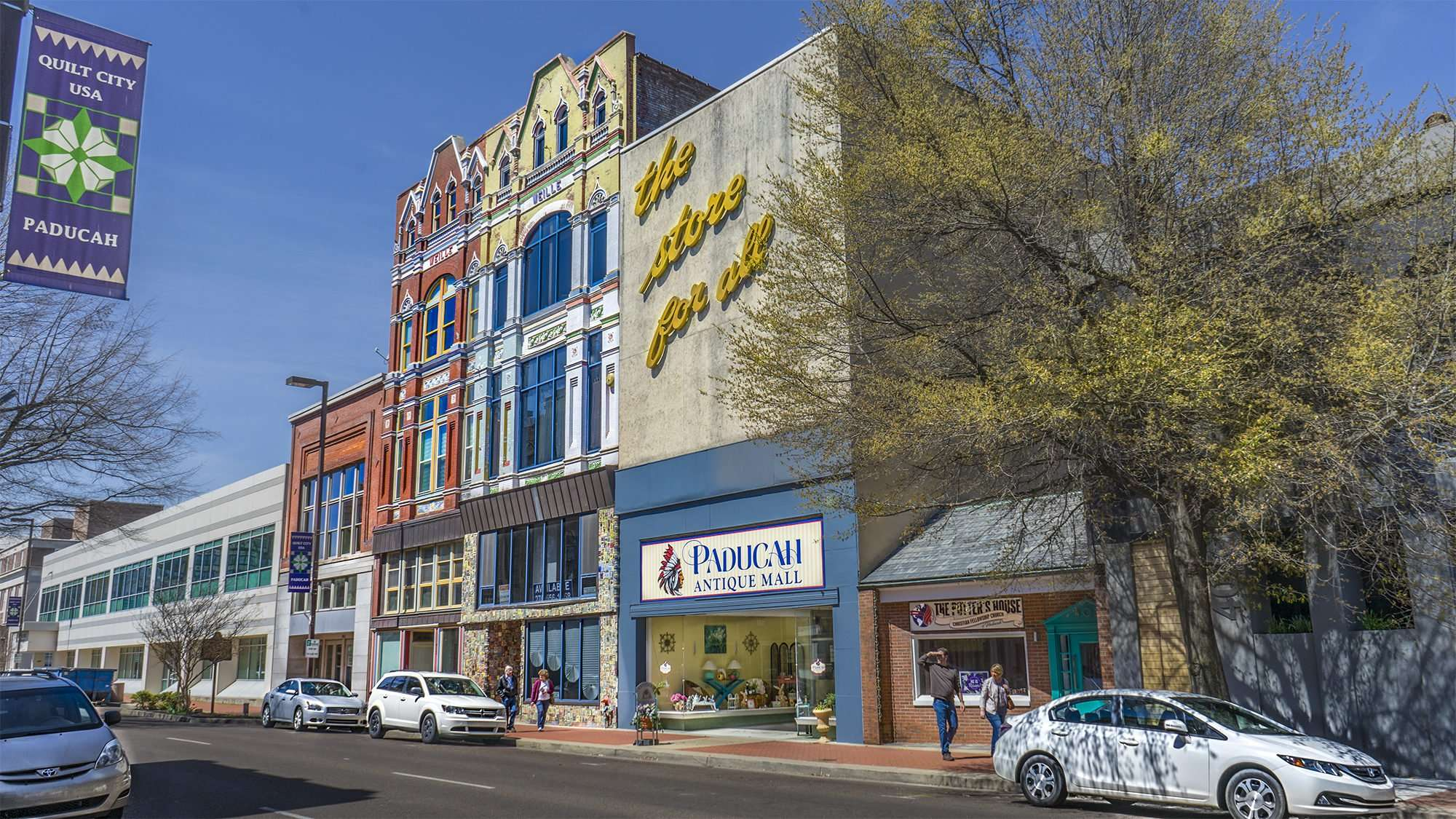 April 8, 2017 - Paducah Antique Mall, Broadway Main Street, Paducah, KY/photonews247.com