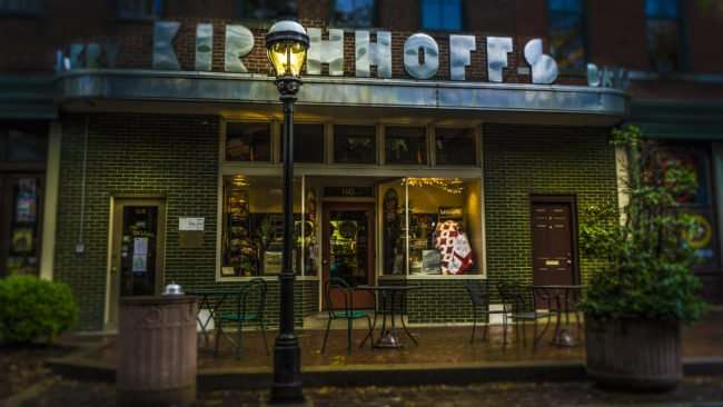 April 4, 2017 - Kirchhoff Bakery & Deli, downtown Paducah, KY/photonews247.com