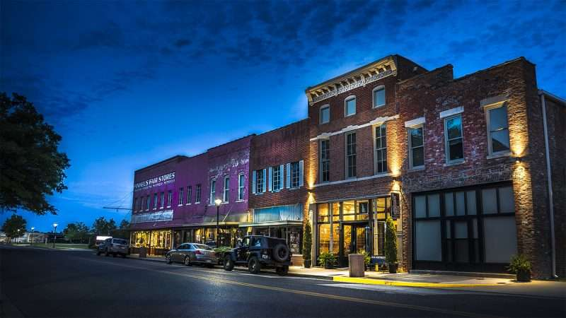 Aug 27 2017 The 1857 Hotel And Finkels Kentucky Ave Downtown Paducah Ky Photonews247