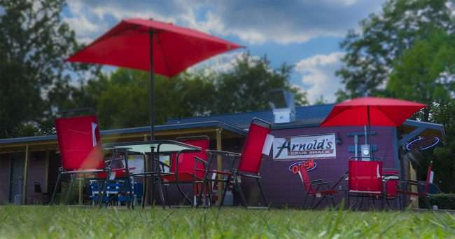 Sept 14, 2017 - Patio Style seating on lawn at Arnold's Grub Shack 14th and Park Ave, Paducah, KY/photonews247.com