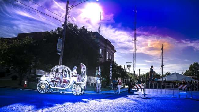 June 8, 2017 - Superman Celebration 2017 provides rides on motorized Victorian carriage Metropolis, IL/photonews247.com