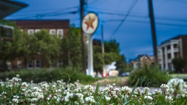 June 1, 2017 - White Clovers at Texaco Station Information Center, Historic Downtown Paducah, KY/photonews247.com