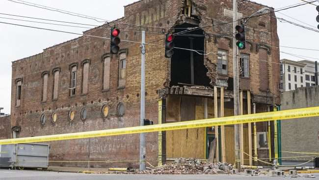 Feb 25, 2018 - A future apartment building partially collapsed on S. 3rd Street and Kentucky Avenue in downtown Paducah/craig currie