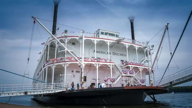 Aug 25, 2017 - American Duchess riverboat makes maiden voyage to riverfront on Aug 25, 2017 in downtown Paducah, KY/photonews247.com