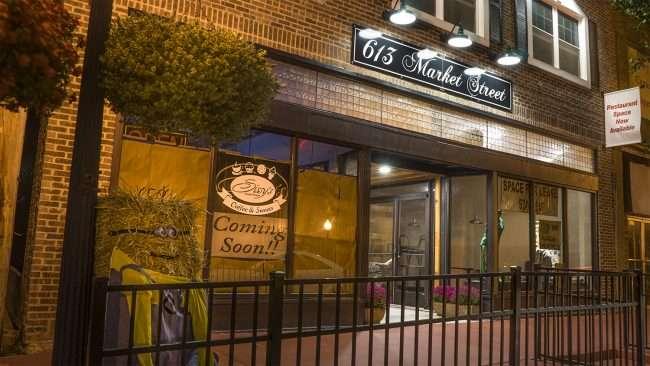 Oct 7, 2017 - Sissy's Sweet Shop, Market Street, Metropolis, IL/photonews247.com