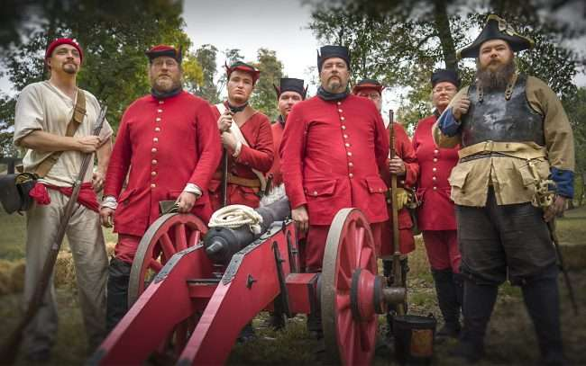 Oct 22, 2017 - Bolsheviks - Russian soldiers at Fort Massac Encampment, Metropolis, IL/photonews247.com