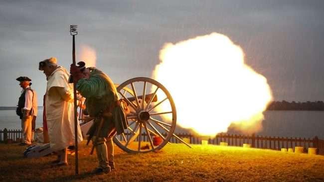 Oct 22, 2017 - Rock Ridge Militia Artillery fires cannon at 44th Annual Fort Massac Encampment, Metropolis, IL/photonews247.com