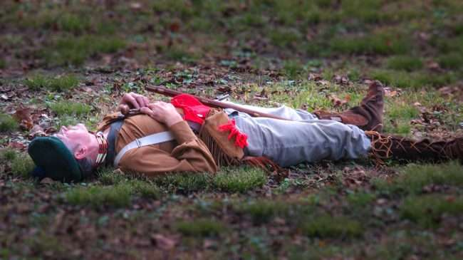 Oct 21, 2017 - Soldier plays dead in Mock Battle at 44th Annual Fort Massac Encampment 2017/photonews247.com