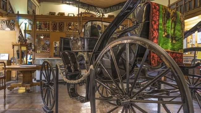 Nov 17, 2017 - 1898 Surrey with fringe owned by Vice President Alben Barkley displayed at Market House Museum Paducah/photonews247.com