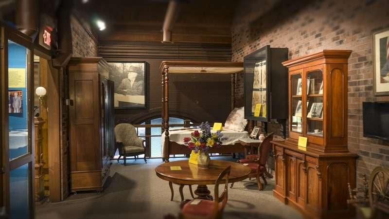 Nov 17, 2017   Antique Furniture 2nd Floor At Market House Museum Paducah/photonews247.com  ...