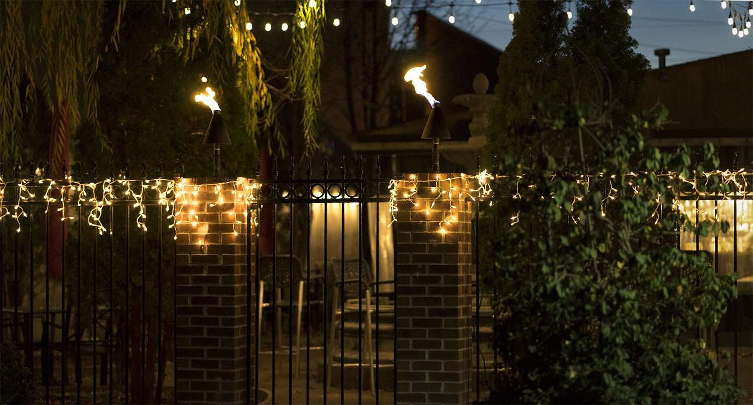 Dec 7, 2017 - Christmas lights on patio at JP'S Bar and Grill on Market House Square Paducah/photonews247.com