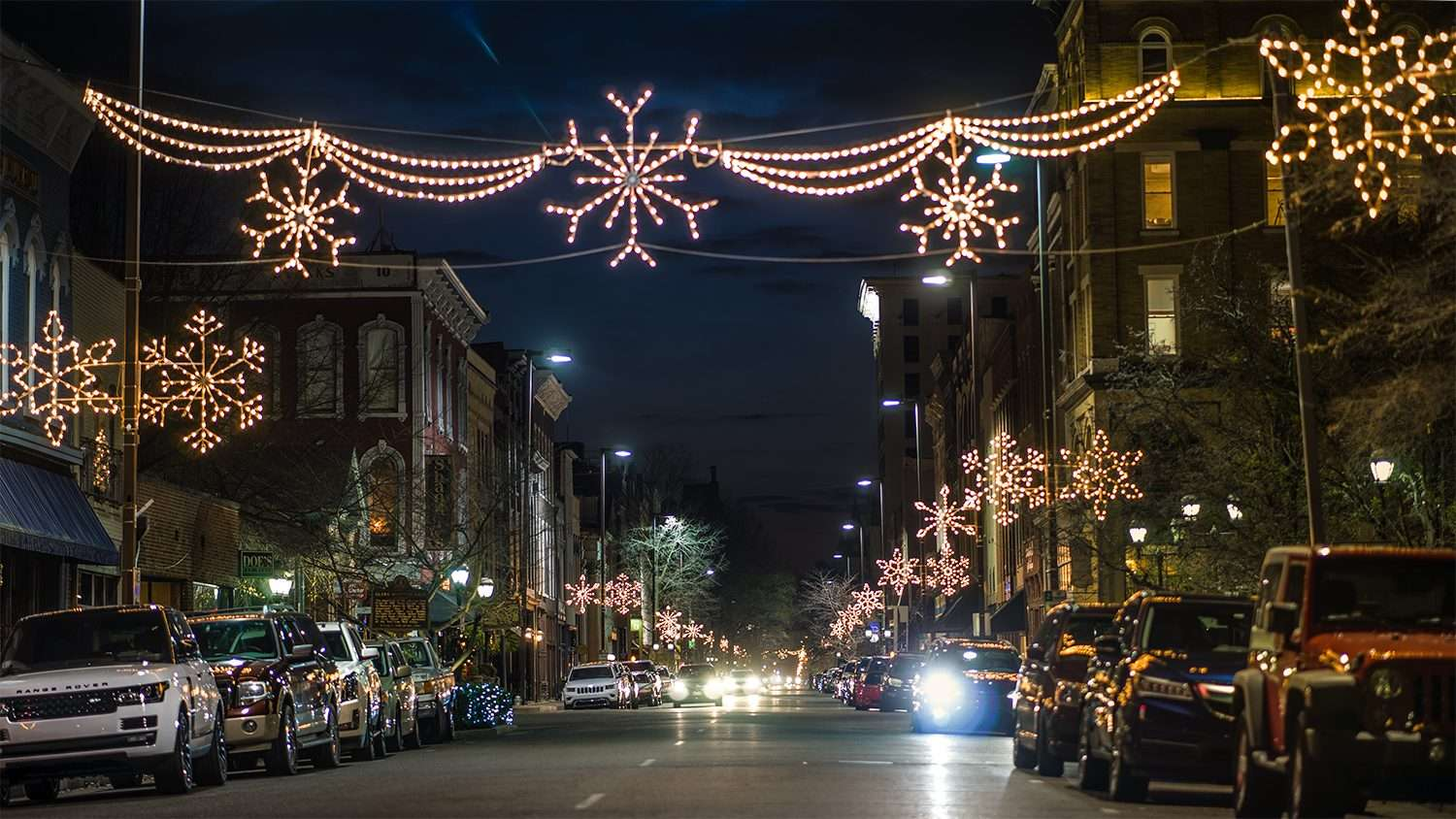 Dec 15, 2017 - Christmas lights overhead along Broadway Main Street historic downtown Paducah, KY/photonews247.com