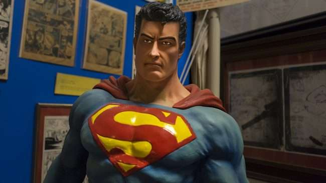 Nov 12, 2017 - Superman Statue at Super Museum Metropolis, IL/photonews247.com