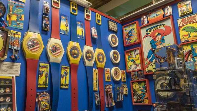 Nov 12, 2017 - Superman clocks and watches at Super Museum Metropolis, IL/photonews247.com