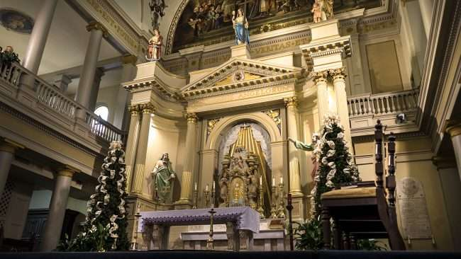 Dec 21, 2017 - Worship Altar at St Louis Cathedral in New Orleans LA/photonews247.com