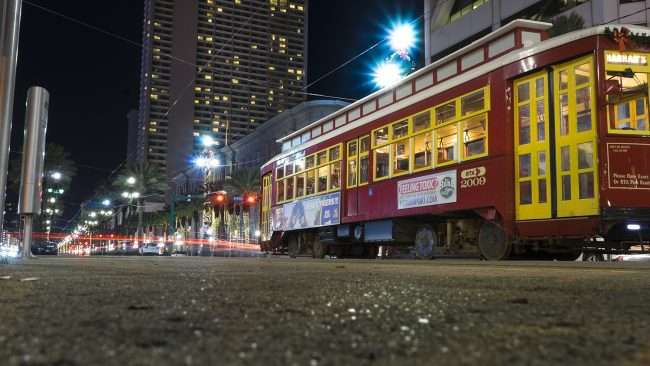 Dec 20, 2017 - Cable Street Cars on Canal Street, New Orleans, LA/photonews247.com