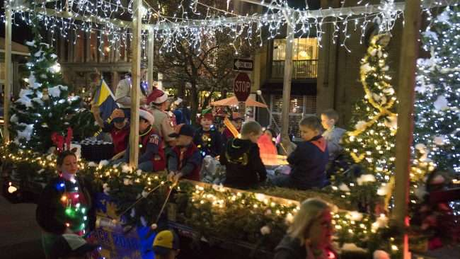 Dec 2, 2017 - Christmas Parade Downtown Paducah Cub Scout Pack 2011/photonews247.com