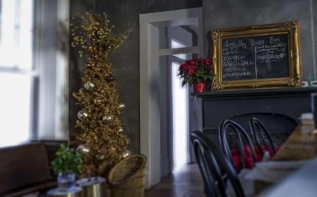 Dec 12, 2017 - Christmas Tree at Smedley Yeiser Juniper Bar Paducah KY/photonews247.com
